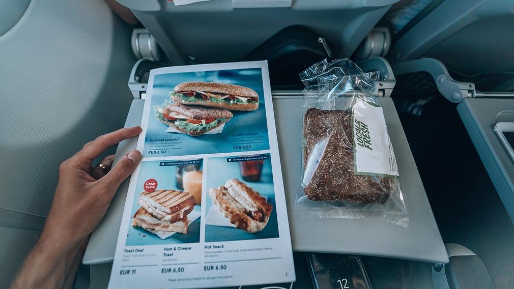 Norwegian Air menu food