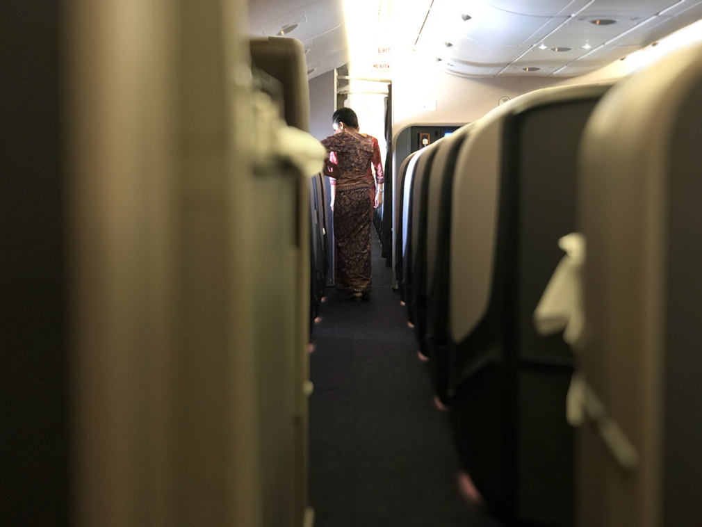 The aisle in the business class Singapore Airlines A380