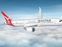 Qantas Dreamliner at cruising altitude
