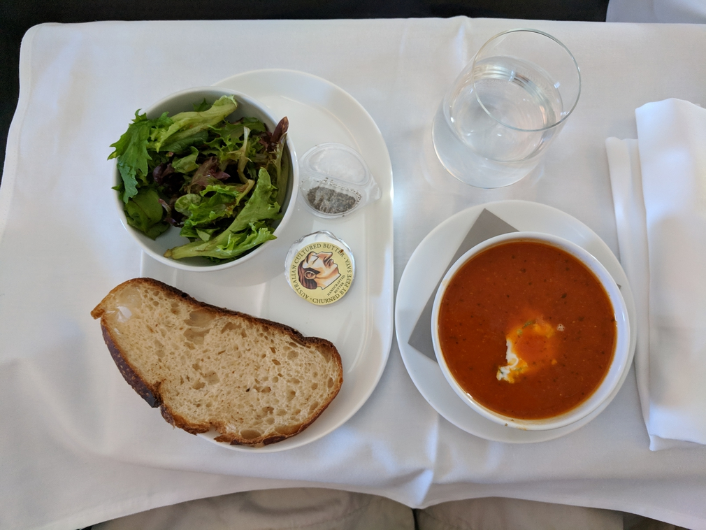QF127 entree Business Class