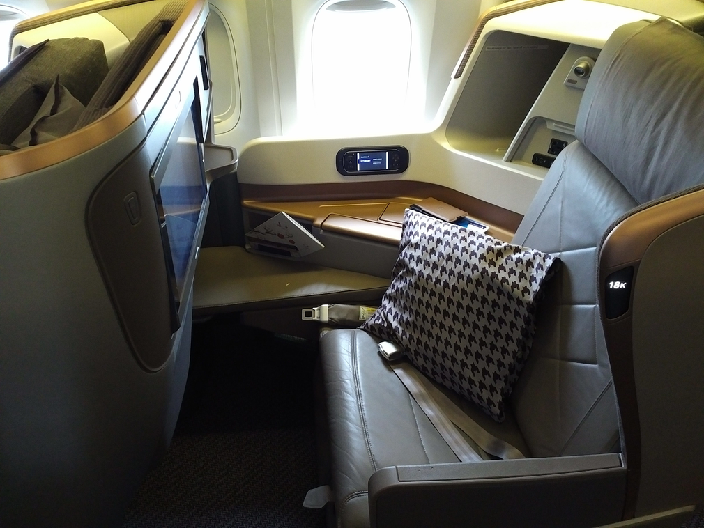 Singapore Airlines 2013 Business Class seat