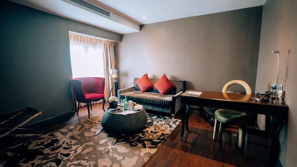 Hotel De L'Opera, Hanoi main room
