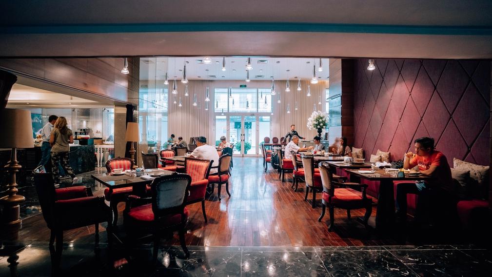Restaurant in the Hotel de l'Opera Hanoi