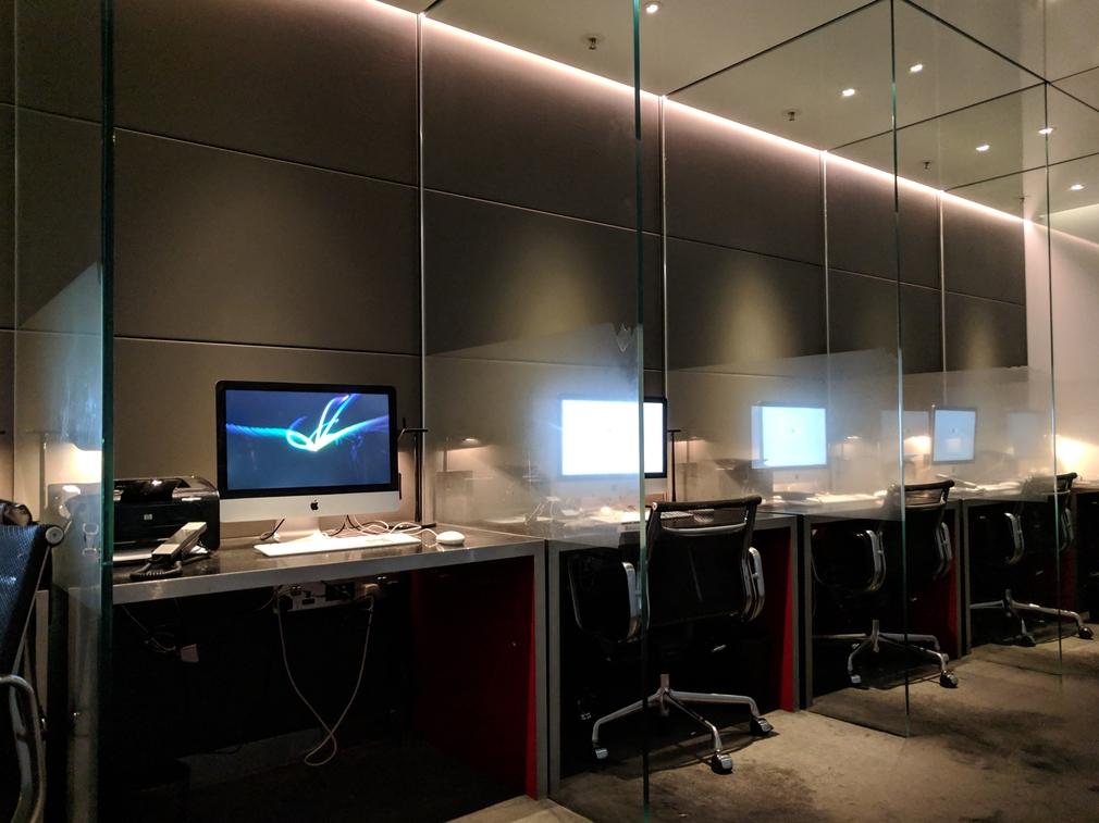Workspace at The Wing Lounge Hong Kong