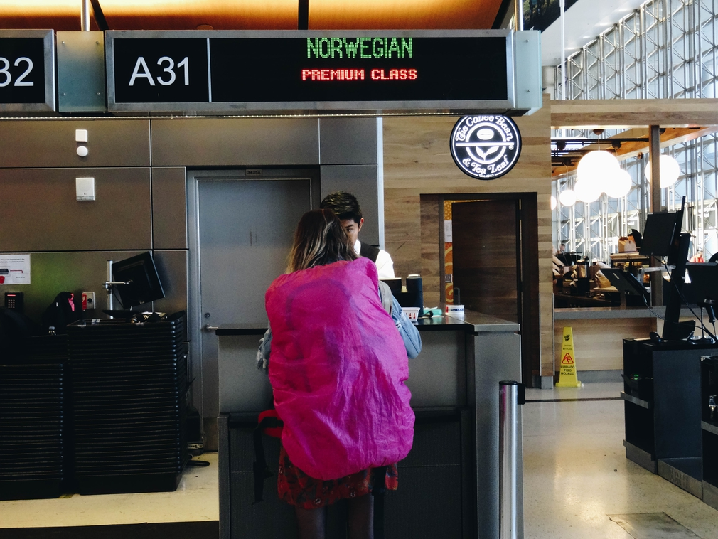 LAX Norwegian checkin